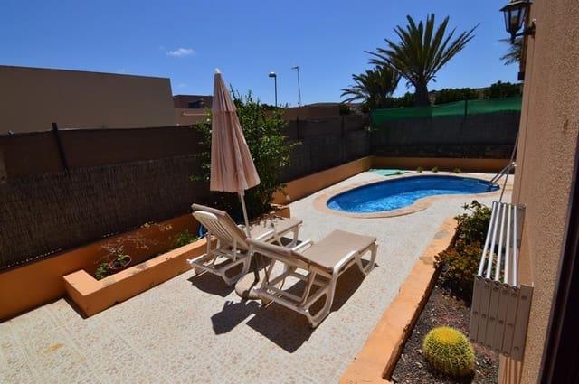 Adosado de 3 habitaciones en Corralejo en venta - 252.500 € (Ref: 5129406)