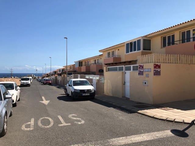 3 chambre Villa/Maison Mitoyenne à vendre à Puerto del Rosario - 115 000 € (Ref: 5661140)