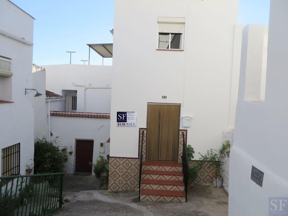 9 bedroom Townhouse for sale in Canillas de Albaida - € 159,000 (Ref: 3306636)
