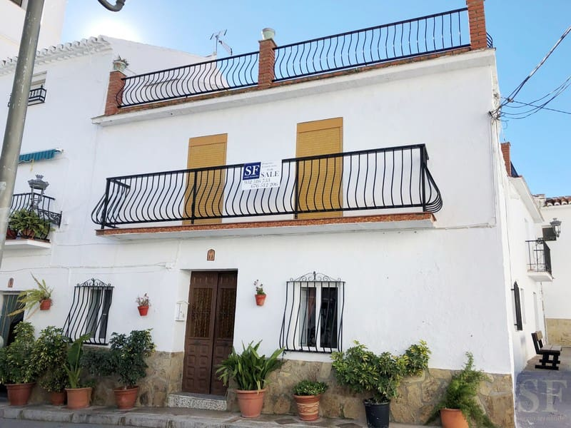 6 bedroom Townhouse for sale in Canillas de Aceituno - € 170,000 (Ref: 4534797)