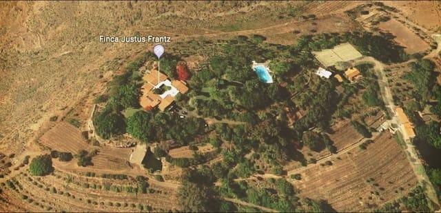 12 chambre Villa/Maison à vendre à Monte Leon avec piscine - 6 900 000 € (Ref: 5040393)
