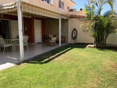 4 chambre Villa/Maison Mitoyenne à vendre à Sonneland avec piscine garage - 475 000 € (Ref: 5040476)