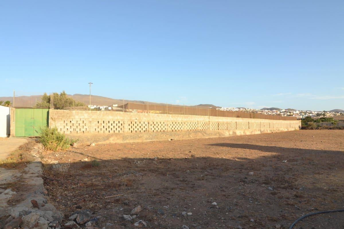 Ubebygd land til salgs i Aguimes - € 220 000 (Ref: 5040879)
