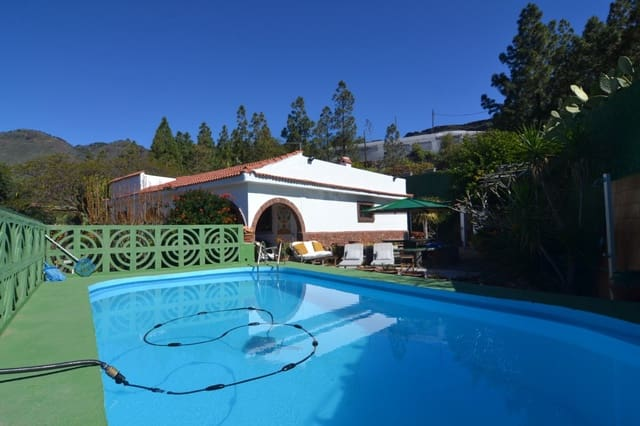 4 bedroom Finca/Country House for sale in Santa Lucia de Tirajana with pool garage - € 450,000 (Ref: 5884027)