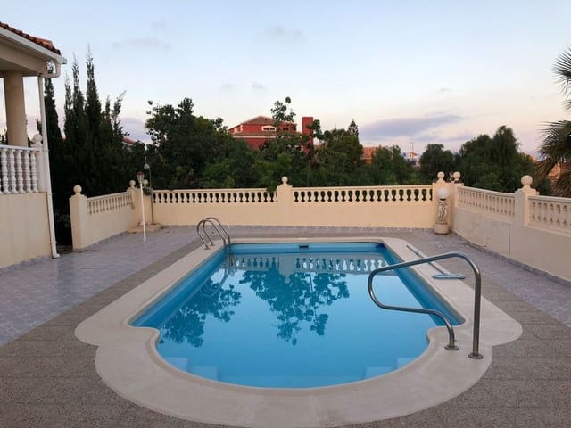3 sypialnia Willa na kwatery wakacyjne w Bolnuevo z basenem garażem - 600 € (Ref: 4267041)