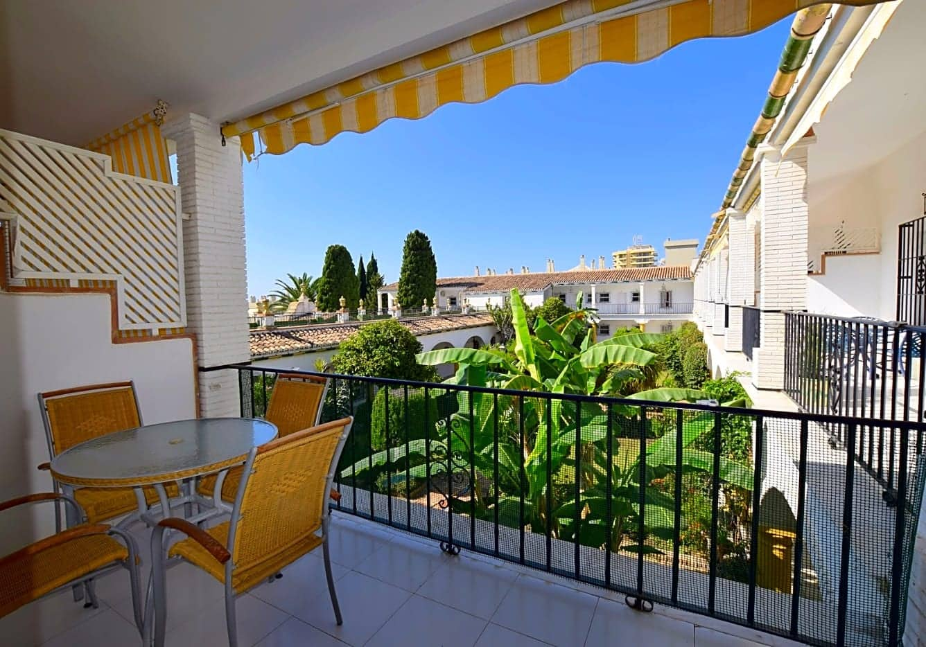 2 bedroom Flat for sale in Torremolinos - € 255,000 (Ref: 3977265)