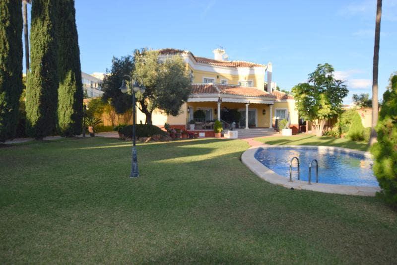 6 bedroom Villa for sale in Benalmadena - € 1,200,000 (Ref: 5174176)