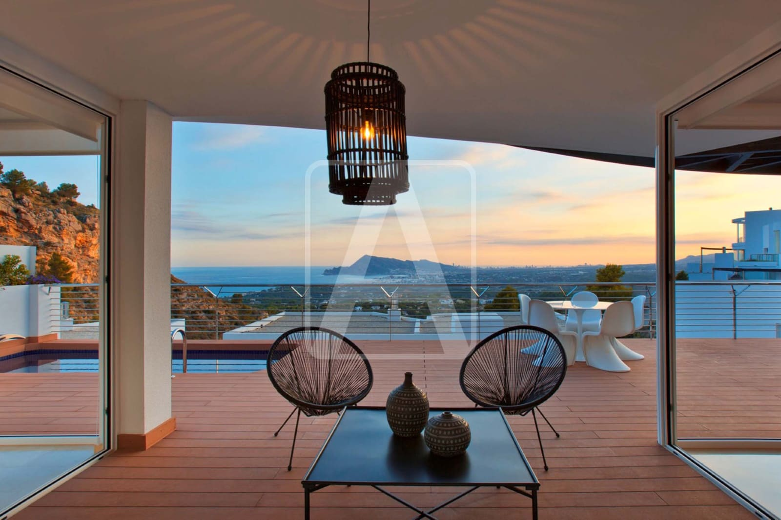 3 bedroom Villa for sale in Altea with pool garage - € 646,000 (Ref: 5863171)