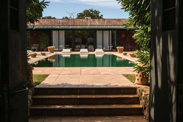 10 chambre Penthouse à vendre à Llubi avec piscine - 3 750 000 € (Ref: 5995102)