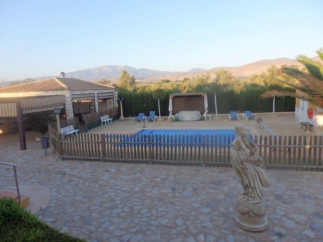 4 sypialnia Finka/Dom wiejski na sprzedaż w Baza - 325 000 € (Ref: 5712174)