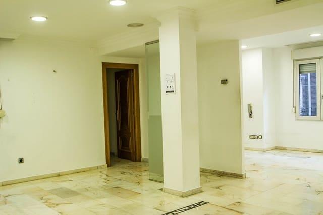 5 soveværelse Lejlighed til leje i Armilla - € 1.500 (Ref: 5845817)