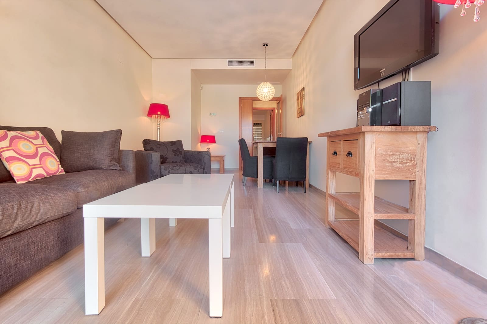 2 makuuhuone Huoneisto myytävänä paikassa Arenal mukana uima-altaan  autotalli - 325 000 € (Ref: 5460909)
