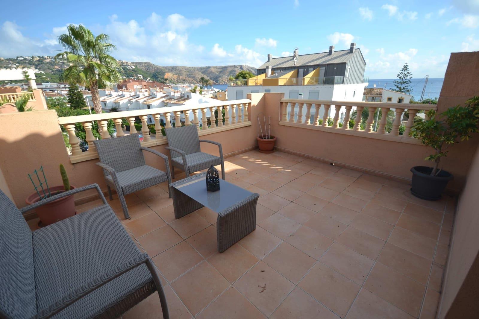 2 soveværelse Penthouse til leje i Javea / Xabia med swimmingpool garage - € 550 (Ref: 5910160)