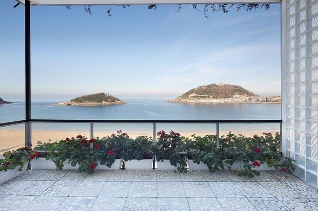 3 Zimmer Strandapartment zu verkaufen in Donostia-San Sebastian mit Garage - 1.675.000 € (Ref: 2502088)