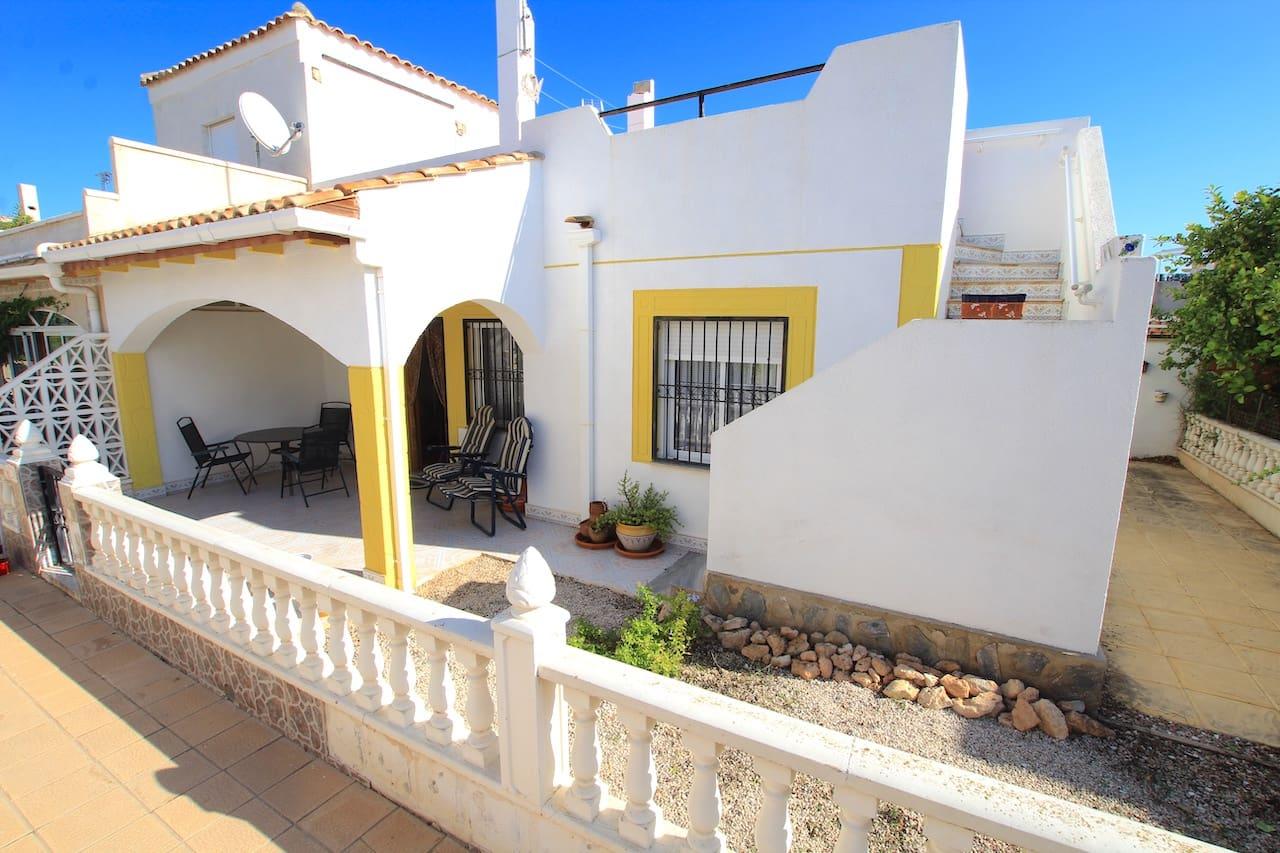 Bungalow de 2 habitaciones en Playa Flamenca en venta con piscina - 107.500 € (Ref: 5009129)