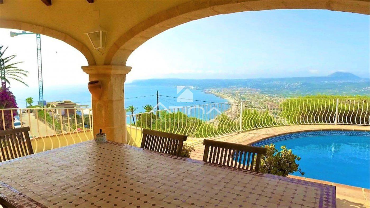 5 bedroom Villa for sale in Javea / Xabia with pool garage - € 1,420,000 (Ref: 6254895)