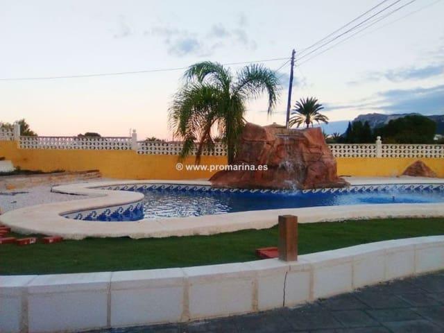 5 soveværelse Rækkehus til salg i La Xara med swimmingpool garage - € 300.000 (Ref: 4342797)
