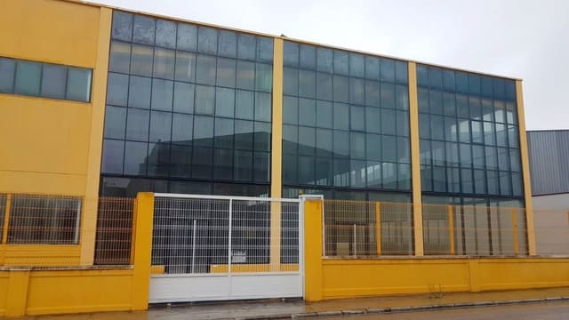 Empresa para arrendar em Pego com garagem - 3 300 € (Ref: 6187515)
