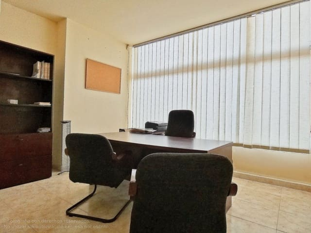 2 slaapkamer Kantoor te huur in Marbella - € 1.000 (Ref: 5639286)