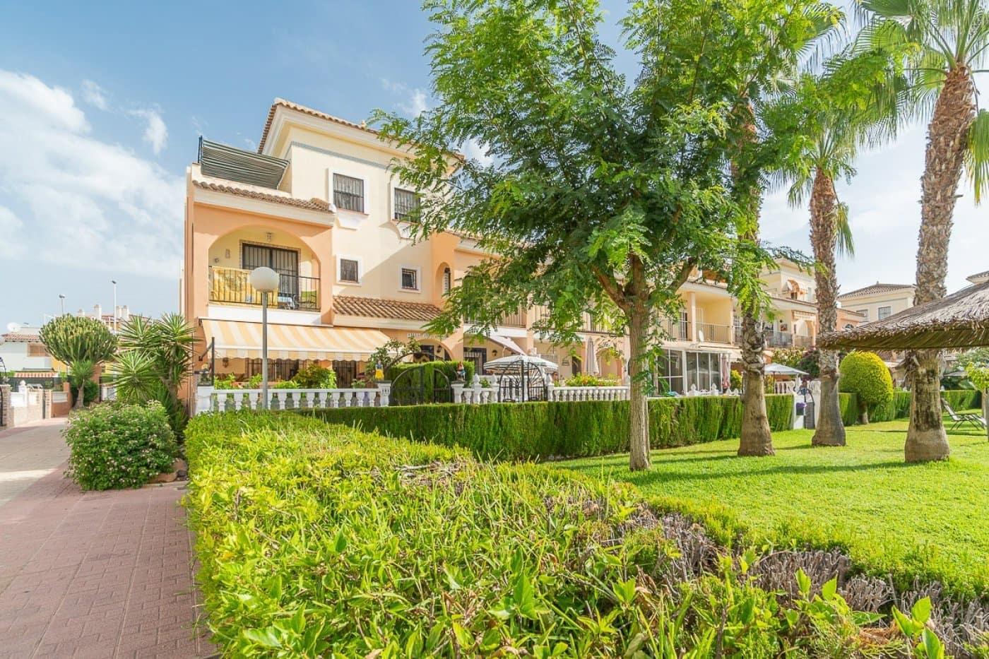 Adosado de 3 habitaciones en Playa Flamenca en venta con piscina - 165.000 € (Ref: 4920320)