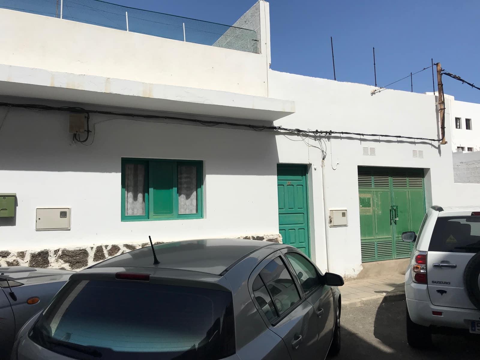 4 Zimmer Haus zu verkaufen in Corralejo - 150.000 € (Ref: 3938591)