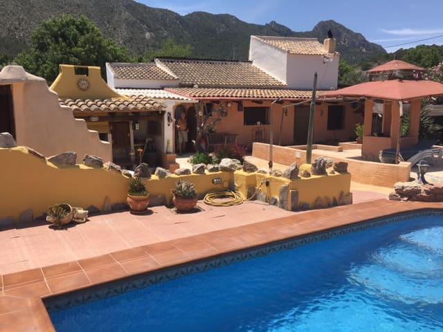 3 soveværelse Hulehus til salg i La Romana med swimmingpool - € 175.000 (Ref: 4013011)