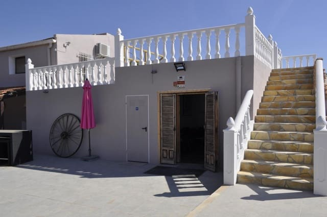 6 sovrum Grotthus till salu i La Canalosa med pool garage - 349 950 € (Ref: 6342549)