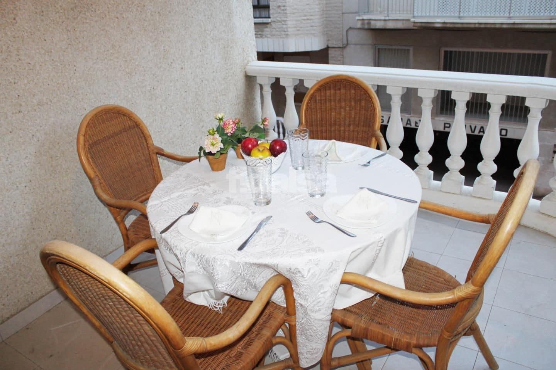 3 slaapkamer Flat te huur in Guardamar del Segura - € 780 (Ref: 5191922)