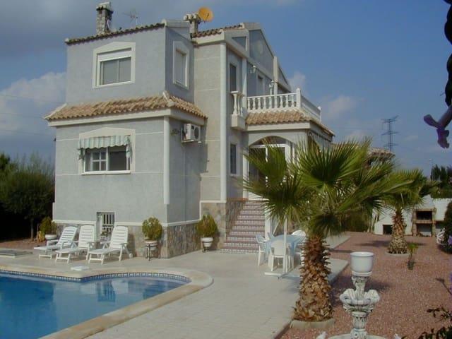 Chalet de 3 habitaciones en Benferri en venta con piscina - 185.000 € (Ref: 2374540)