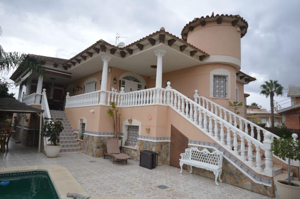 4 slaapkamer Villa te huur in Benferri met zwembad - € 1.500 (Ref: 3629776)