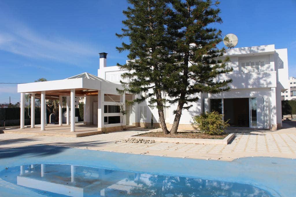 6 soverom Villa til leie i Elche / Elx med svømmebasseng - € 2 200 (Ref: 4478957)