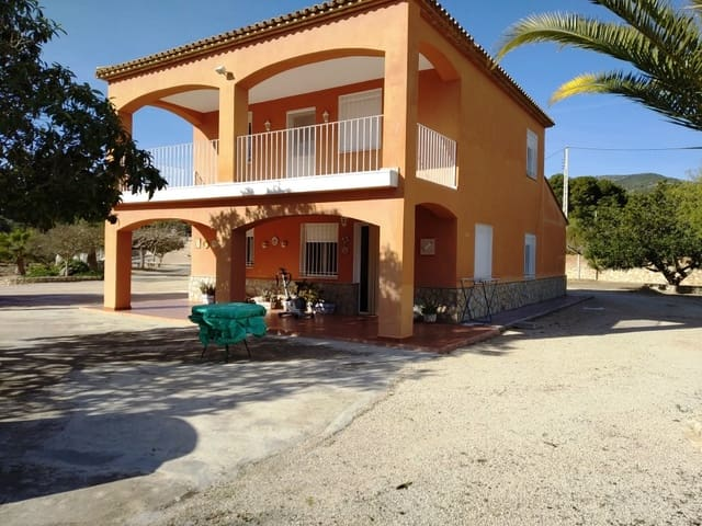 3 bedroom Villa for sale in Ontinyent with pool garage - € 230,000 (Ref: 5554391)
