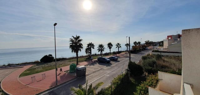 2 bedroom Flat for sale in Vinaros with pool - € 104,900 (Ref: 5930671)