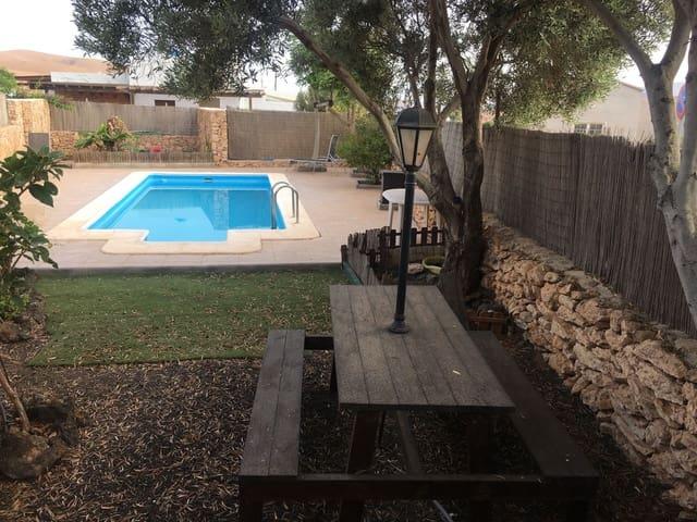 3 soverom Villa til salgs i Llanos de la Concepcion med svømmebasseng - € 219 000 (Ref: 5644457)