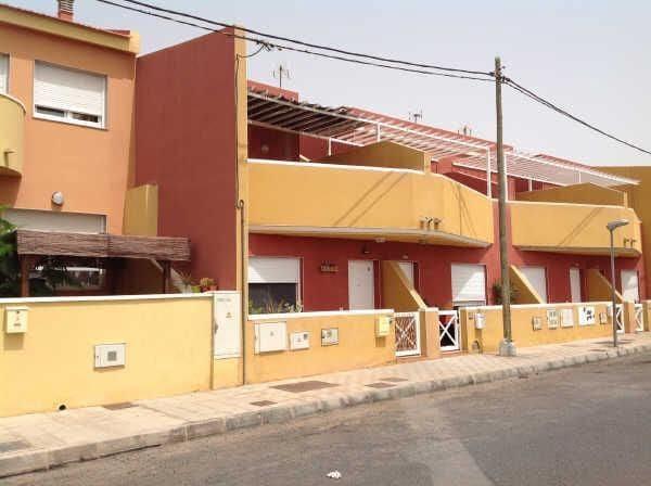 Pareado de 3 habitaciones en El Matorral en venta - 100.000 € (Ref: 5917840)