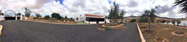 7 sovrum Villa till salu i Tefia med garage - 475 000 € (Ref: 6029973)