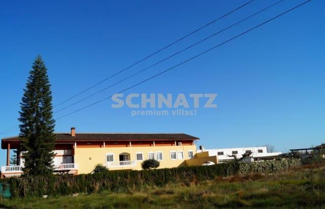 7 chambre Finca/Maison de Campagne à vendre à Oliva avec piscine garage - 1 900 000 € (Ref: 3126682)