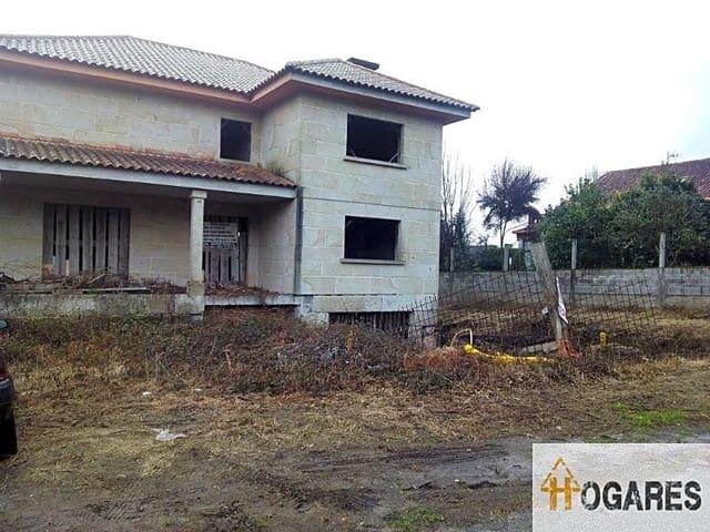 5 soverom Villa til salgs i Gondomar - € 140 000 (Ref: 2900924)