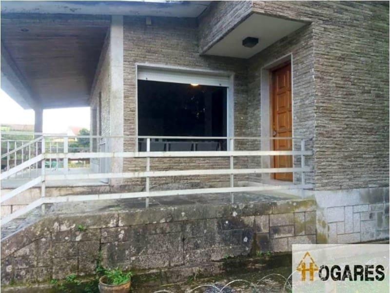 3 slaapkamer Villa te koop in Ponteareas met zwembad garage - € 328.000 (Ref: 3003654)