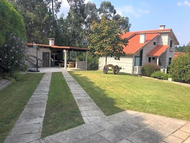 5 sovrum Villa till salu i Tui med pool garage - 400 000 € (Ref: 5154014)