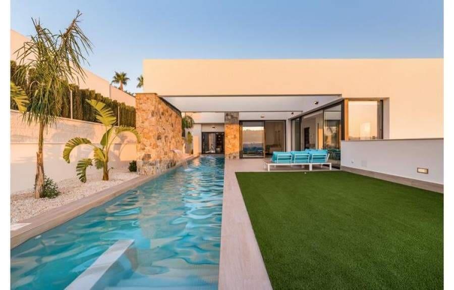 Chalet de 3 habitaciones en Benijófar en venta - 569.000 € (Ref: 4992598)