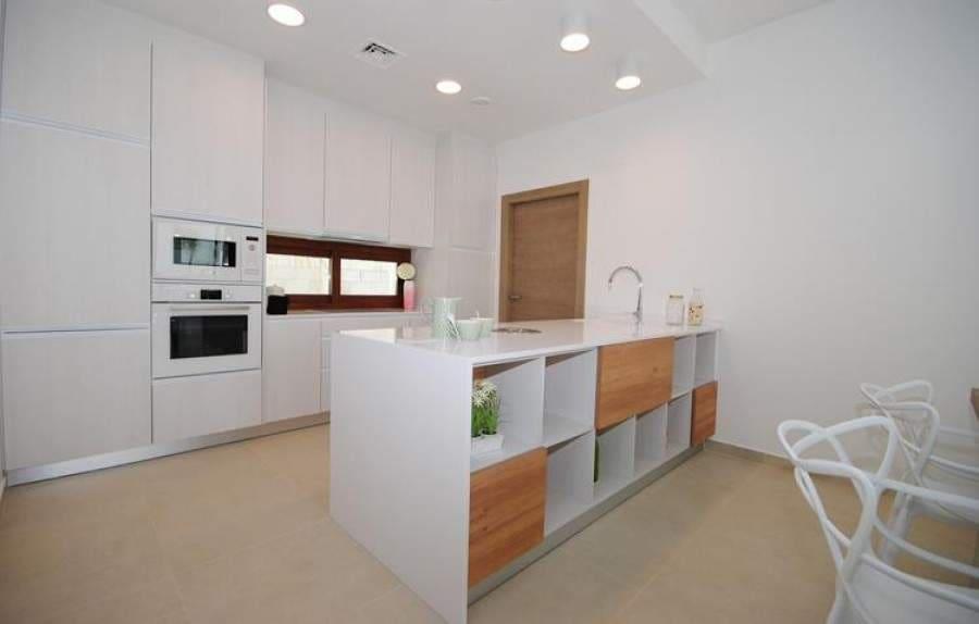 Chalet de 3 habitaciones en Benijófar en venta - 399.900 € (Ref: 4992822)