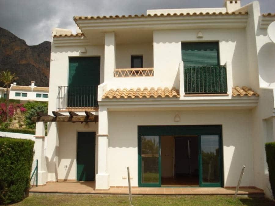 Pareado de 9 habitaciones en Polop en venta - 550.000 € (Ref: 4992852)