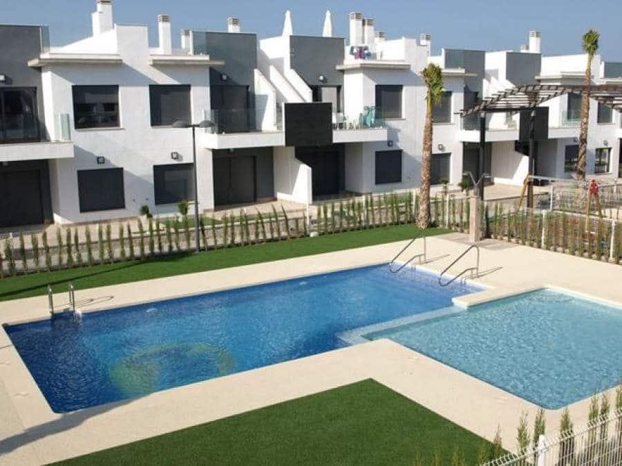 Ático de 2 habitaciones en Pilar de la Horadada en venta - 179.900 € (Ref: 4992978)