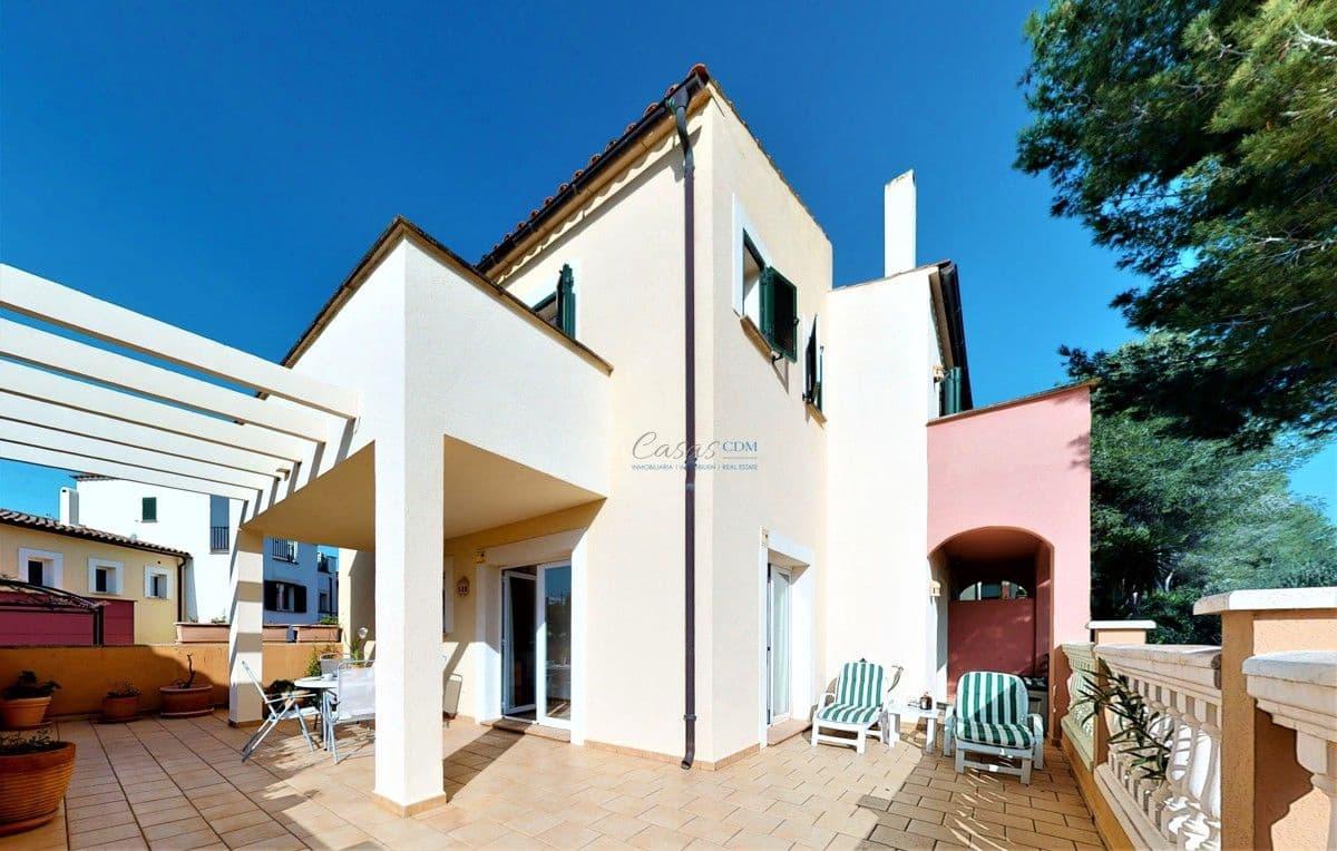 Pareado de 2 habitaciones en Es Camp De Mar / El Camp De Mar en venta con piscina - 450.000 € (Ref: 4725590)