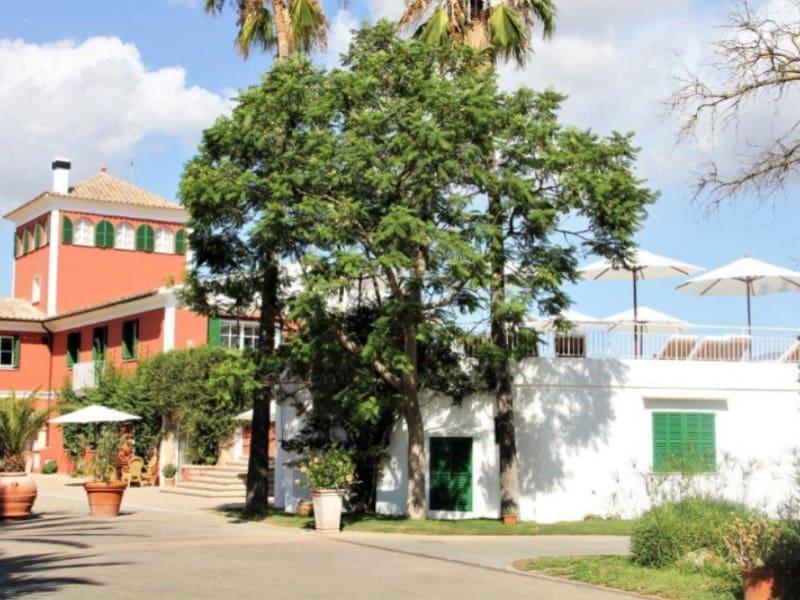 12 chambre Hôtel à vendre à Son Sardina avec piscine garage - 3 200 000 € (Ref: 5800991)