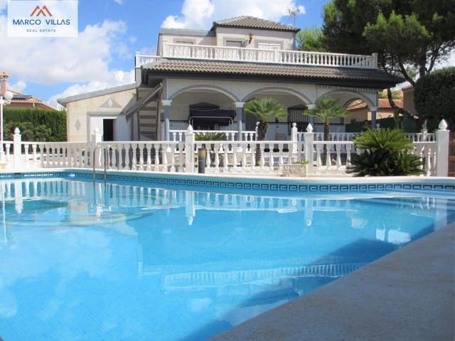 3 Zimmer Ferienvilla in San Fulgencio mit Pool Garage - 1.440 € (Ref: 6012899)