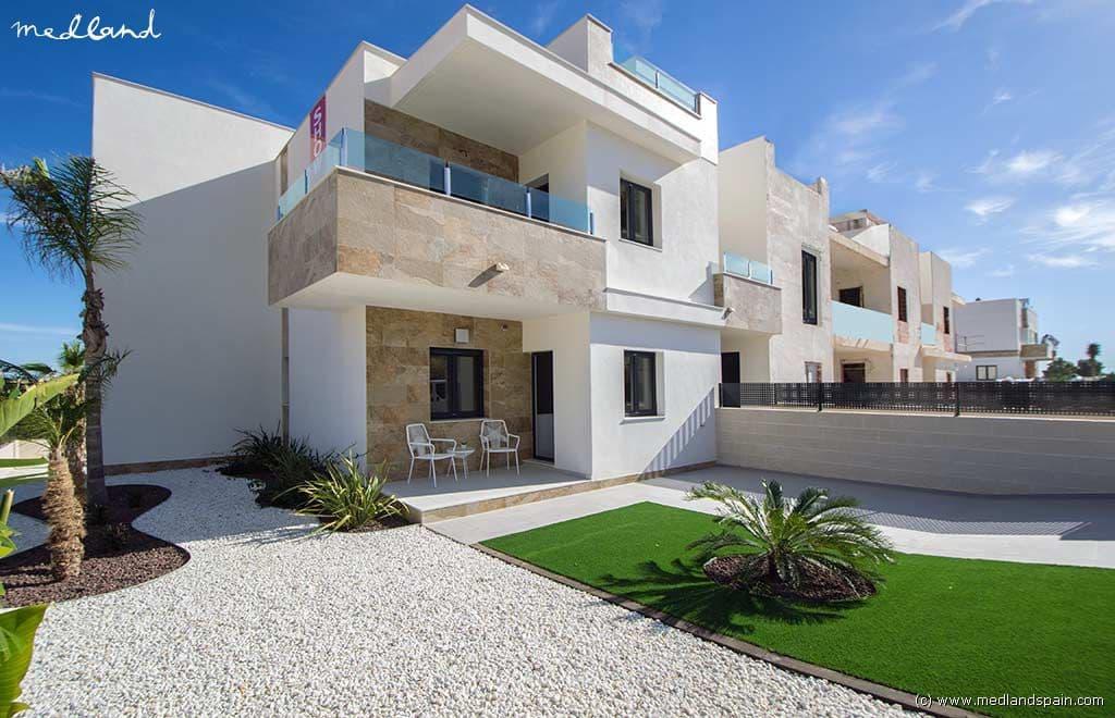 Apartamento de 3 habitaciones en Polop en venta con piscina - 195.000 € (Ref: 3496362)