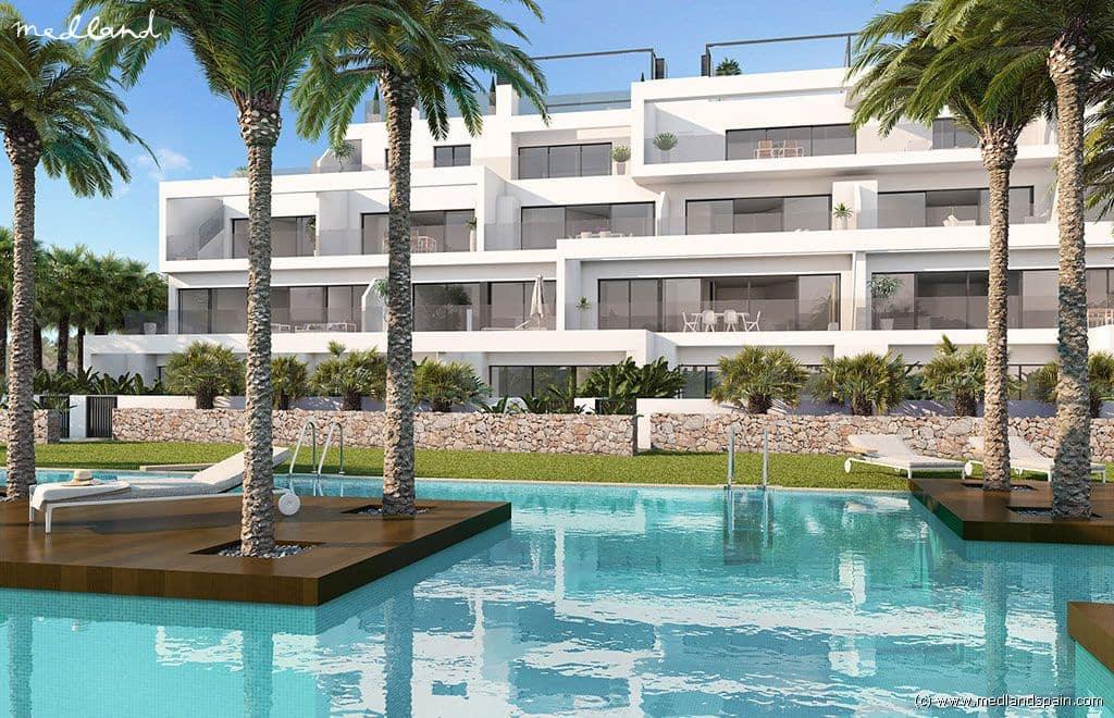 Apartamento de 3 habitaciones en Las Colinas Golf en venta con piscina garaje - 297.000 € (Ref: 3501102)