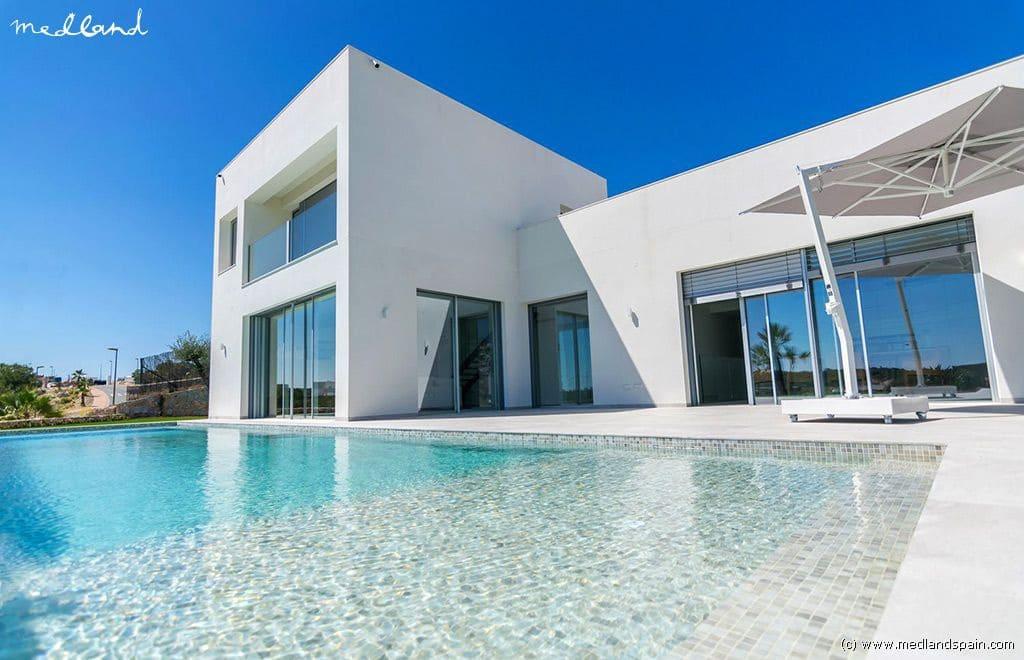Chalet de 5 habitaciones en Las Colinas Golf en venta con piscina garaje - 1.275.000 € (Ref: 4718730)